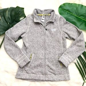 The North Face •Zip front better sweater•